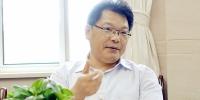 省委常委、组织部长任振鹤调研省妇联工作 - 妇联
