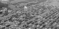 昨晚,还是有近万辆车滞留在港口。 新华社发 - 浙江网
